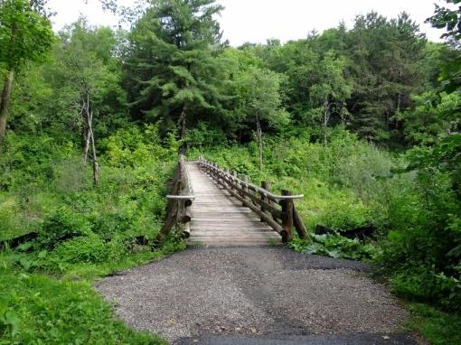 Entrance to the Sugarbush Trail