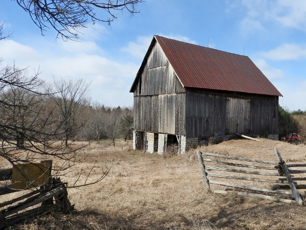 Barn on Greenland Road